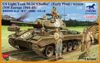 American Light Tank M24 Chaffee (WWII Prod.) with Tank Crew Set - Image 1