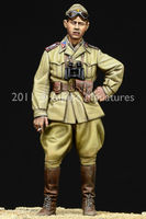 WW2 Italian AFV Officer